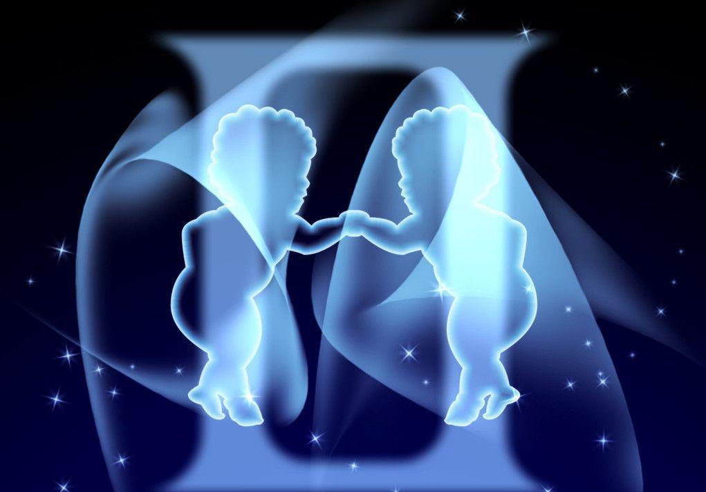 Гороскоп для Близнецов на 2020 год: мужчина и женщина