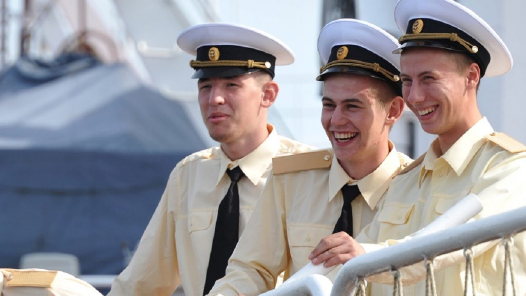 Зарплата моряков в 2019 году
