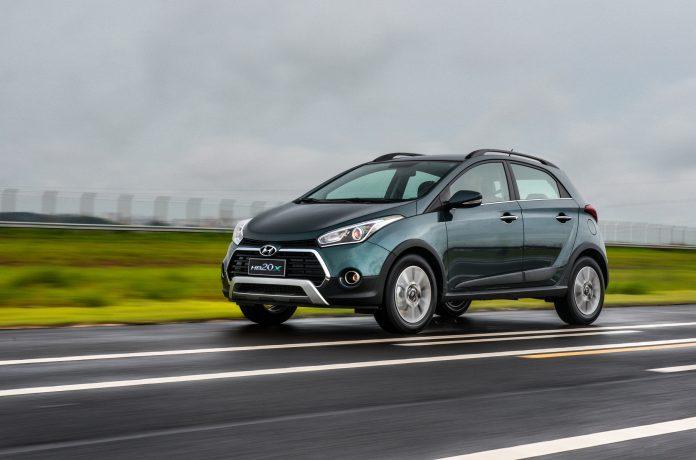 Hyundai показал первое изображение нового электрического кроссовера