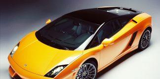 Продажи автомобилей Lamborghini на рынке РФ выросли на 52%