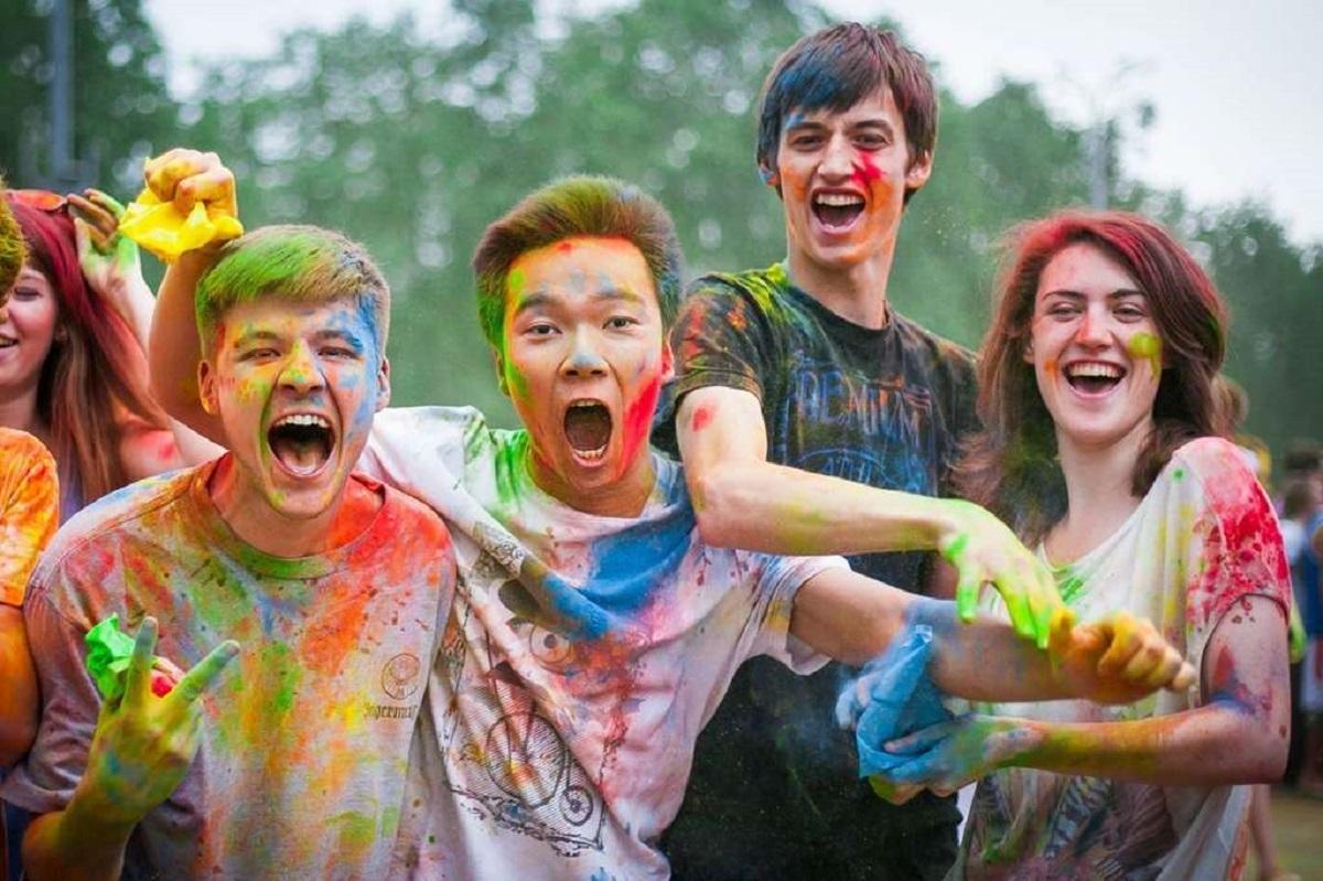 День молодежи в 2019 году - КалендарьГода картинки