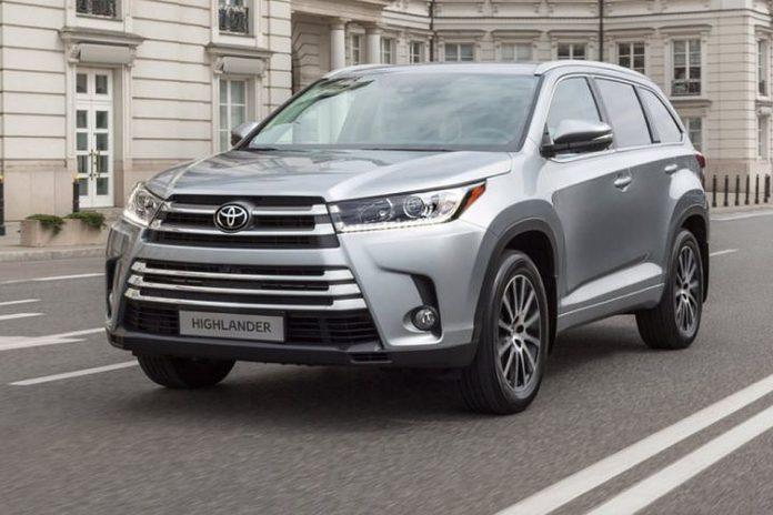 Toyota тестирует новый Highlander