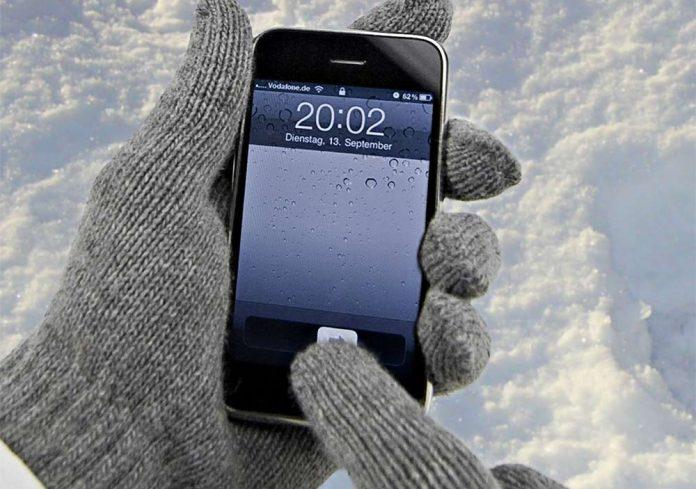 Эксперты рассказали, как уберечь смартфон во время морозов
