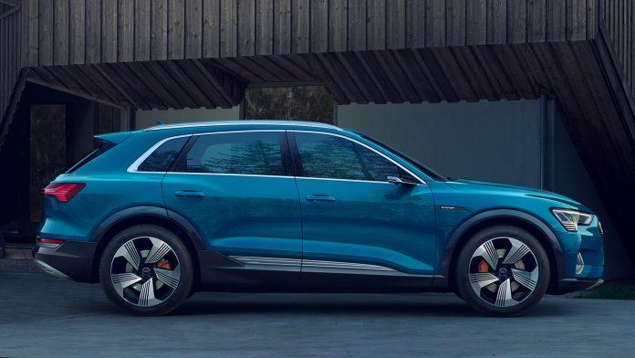 Audi покажет мини электро-кросс E-tron в Женеве