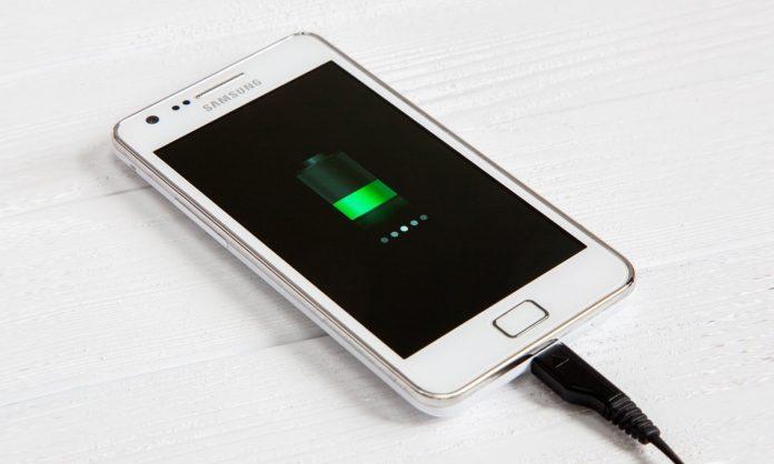 Эксперты рассказали, как продлить «жизнь» батареи смартфона