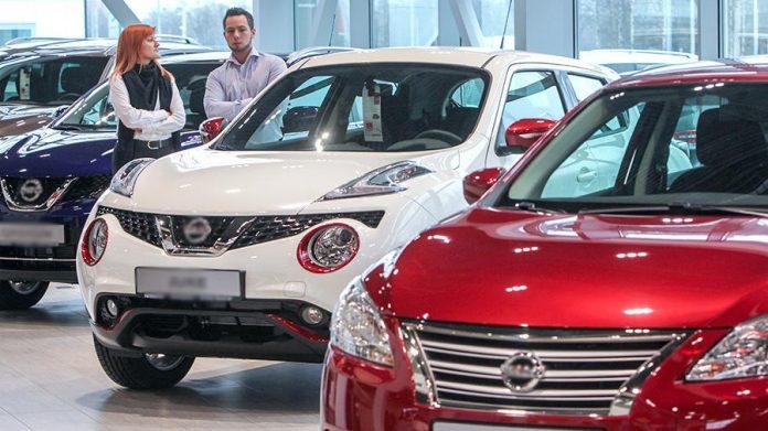 Дилеры ожидают роста цен на автомобили в России