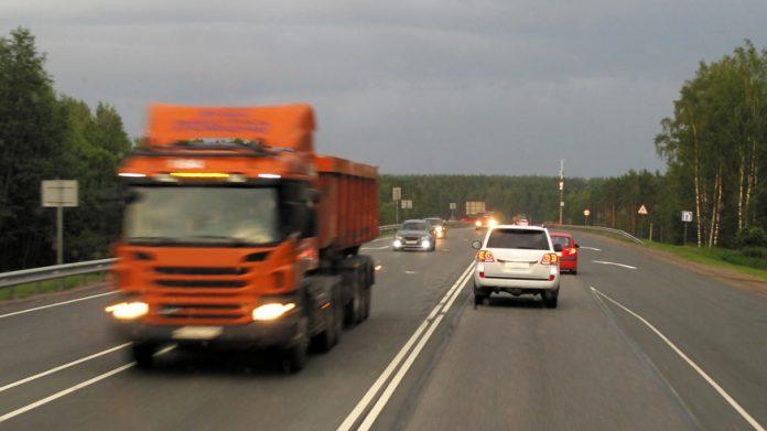 Новое в ПДД: водитель должен управлять машиной не более 9 часов