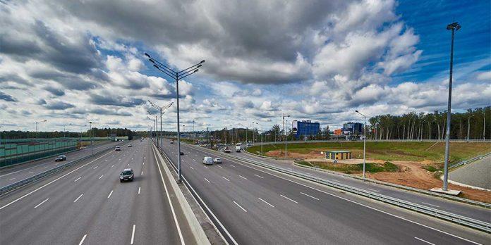 В России резко вырастет протяженность платных трасс