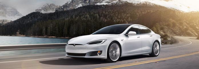 Tesla просто и гениально защитила свои машины от угона